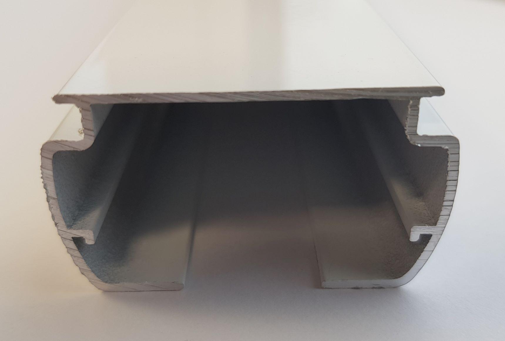 VB8 wide body white headrail inc tilt rod